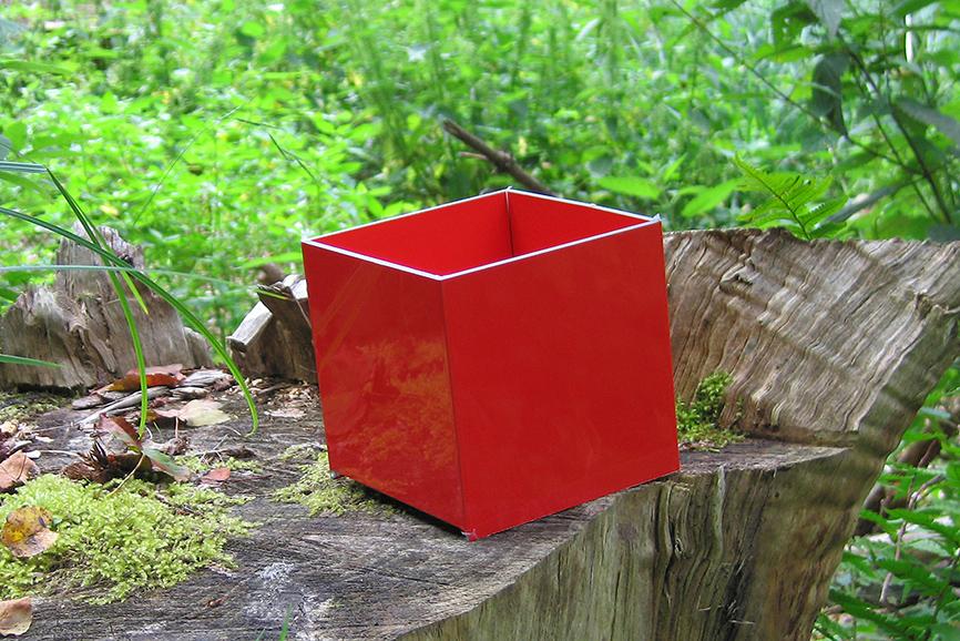 STEPS#4, da ROSSOCUBO - Alsazia (Francia) - anno 2011 - dimensioni variabili - 3 cubi 12x12x12 cm, DIBOND®, carta, matita.